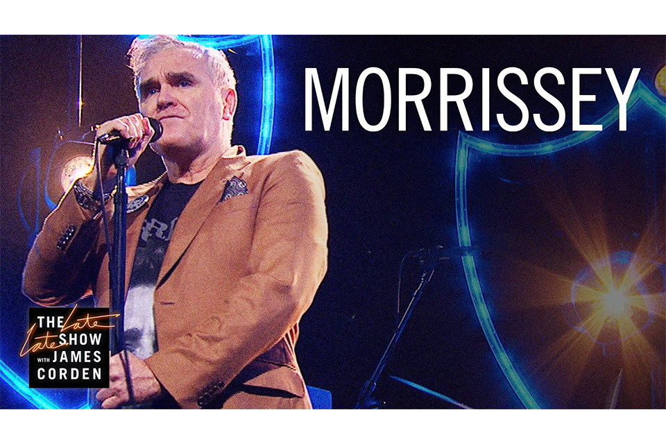 モリッシーが米テレビ番組でプリテンダーズのカヴァー曲を披露
