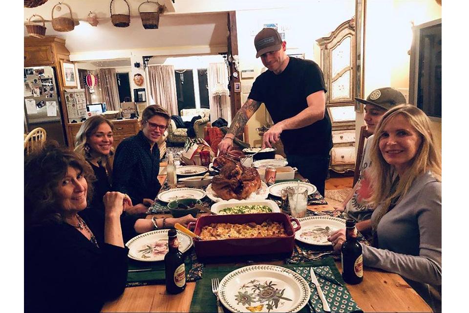 ジョー・ペリーが感謝祭の週末に撮影した写真を公開