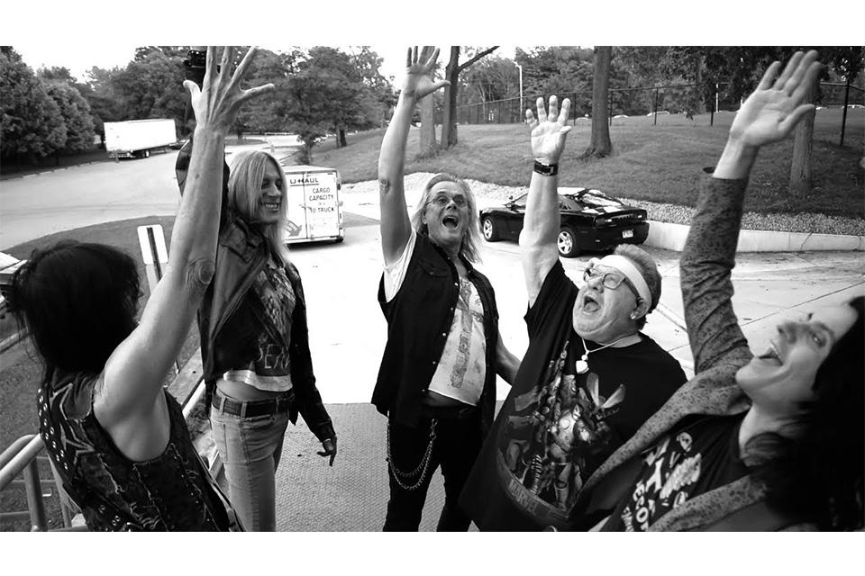 ザ・ゲス・フーが「In America」のビデオをリリース