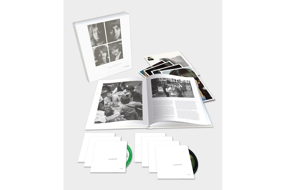 ザ・ビートルズ『ホワイト・アルバム』50周年記念盤への安田顕のコメントが到着。2018年日米ベストリイシューにも選出