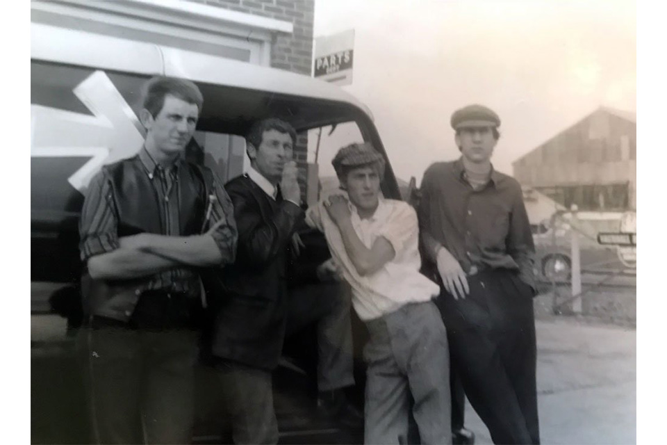 ザ・フーの前身バンド、ザ・ディトゥアーズのダグ・サンドムが89歳で死去