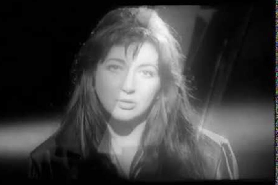 ケイト・ブッシュが「The Man I Love」のミュージック・ビデオを公開