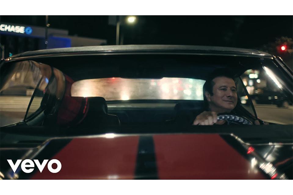 スティーヴ・ペリーが25年ぶりにオフィシャル・ミュージック・ビデオをリリース