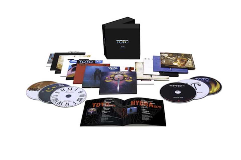 TOTOのボックスセット『ALL IN』、13枚組CDだけの通常箱の発売が決定