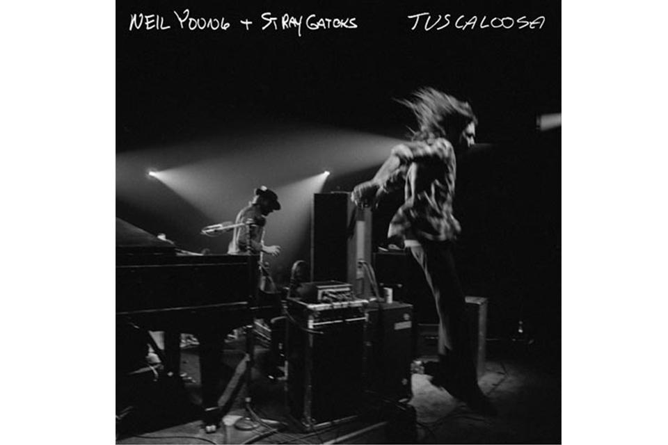 ニール・ヤングが1973年収録のライヴ・アルバムを発売