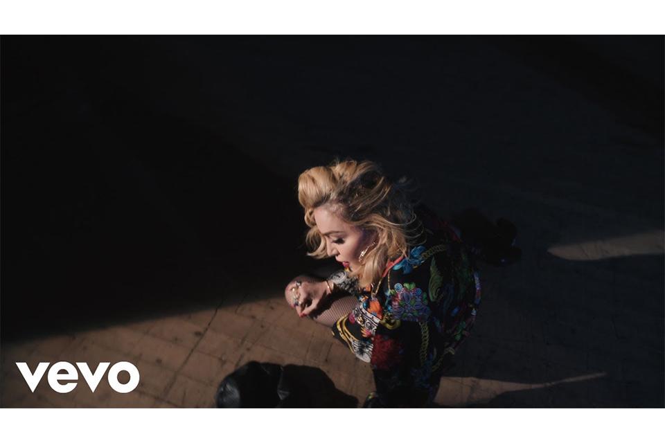 マドンナが新曲「Crave」のオーディオ・ビデオをリリース