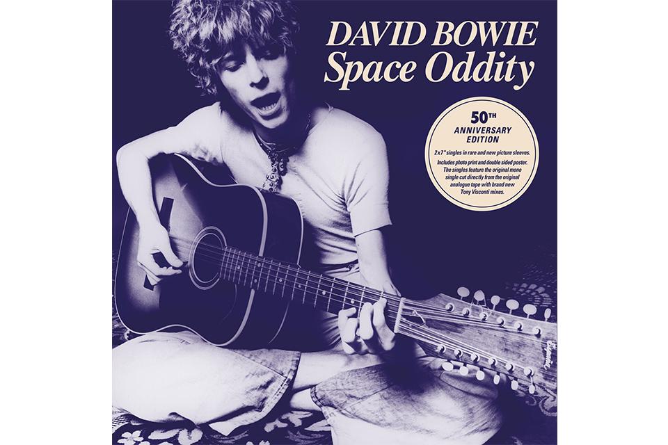 デヴィッド・ボウイ初のヒット曲「スペイス・オディティ」のリリースから50年、月面着陸50周年とコラボするウェブサイトがスタート!