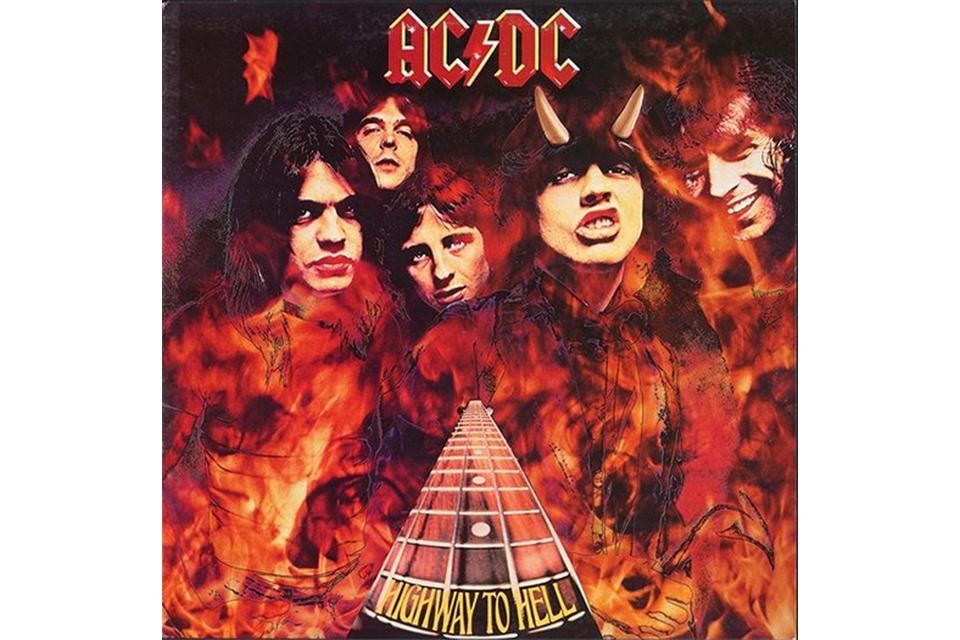 AC/DCがアルバム『Highway To Hell』のオリジナル・カヴァーアートを公開