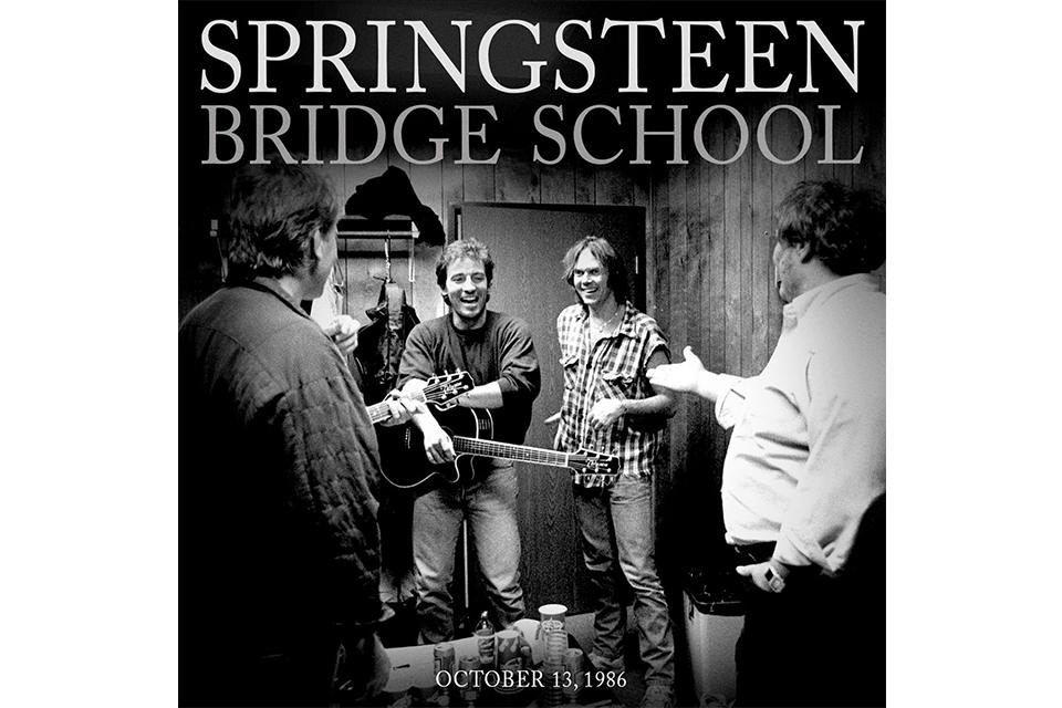 ブルース・スプリングスティーン、1986年「ブリッジ・スクール・ベネフィット・コンサート」のアコースティック・ライヴ・アルバムをリリース