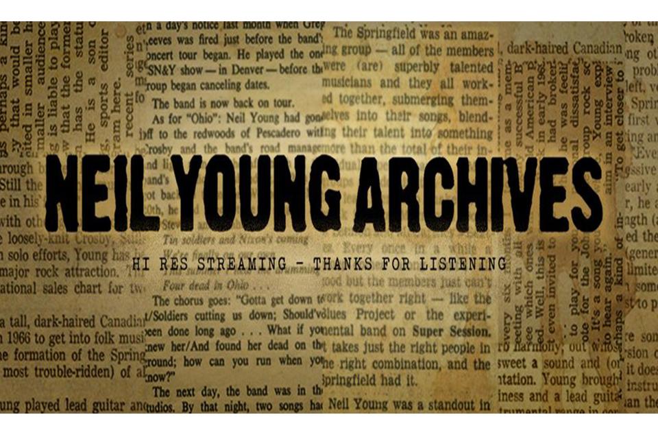 ニール・ヤング&クレイジー・ホースのニュー・アルバムが10月に発売