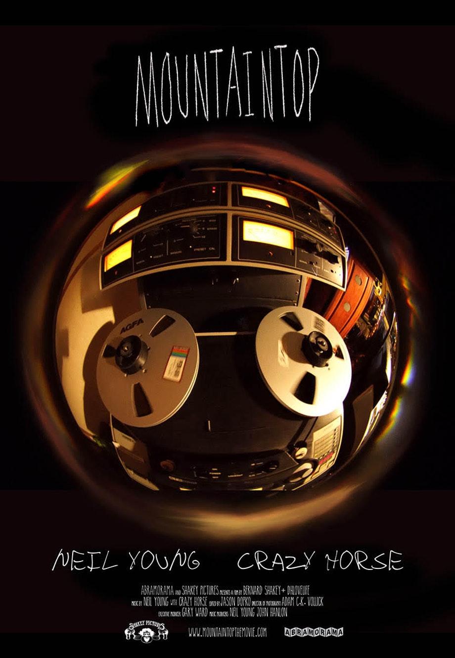 ニール・ヤングの最新ドキュメンタリー『Mountaintop』、トレーラー映像公開