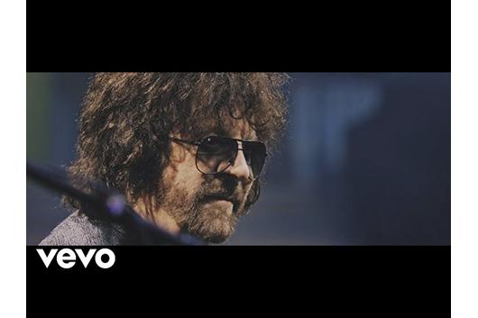 ジェフ・リンズELOが新曲「Time Of Our Life」のオーディオ・ビデオ公開