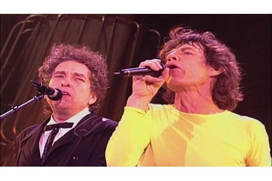ストーンズの映像作品『ブリッジズ・トゥ・ブエノスアイレス』から、ボブ・ディランが共演した「Like A Rolling Stone」のライヴ映像公開