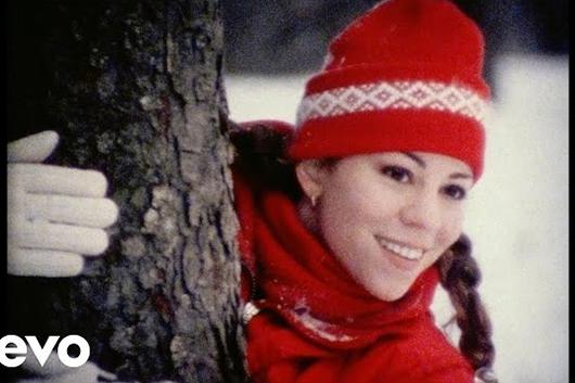 マライア・キャリーの「恋人たちのクリスマス」、発売25年後に全米チャート第1位に