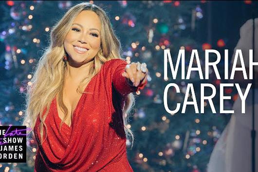 マライア・キャリーが米テレビ番組で「Oh Santa」を披露、 コメディ番組にも出演