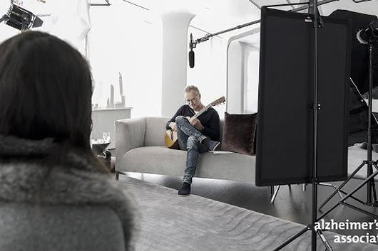 スティングがオーティス・レディングの「Dock of the Bay」をカヴァー、映像公開