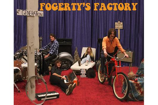 ジョン・フォガティ、ファミリー・バンドでCCRの名曲をカヴァー