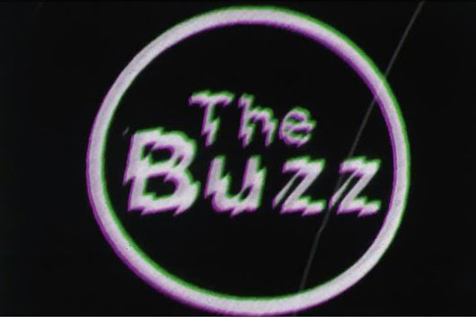 プリテンダーズ、最新アルバムから「The Buzz」のミュージック・ビデオ公開