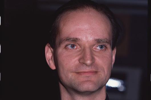 クラフトワークの共同創設者、フローリアン・シュナイダーが73歳で死去