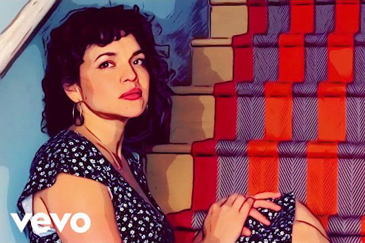 ノラ・ジョーンズの新アルバムが本日リリース。外出自粛中にバンド・メンバーと自宅で撮影したパフォーマンス・ビデオを公開