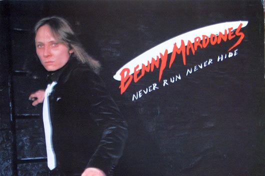 米シンガー/ソングライターのベニー・マードーンズが73歳で死去