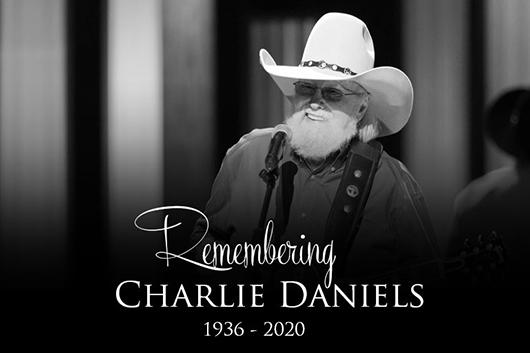 カントリー・ロックのレジェンド、チャーリー・ダニエルズが83歳で死去