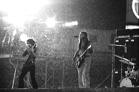 【ミュージック・ライフ写真館】1971年7月、嵐を呼んだグランド・ファンク・レイルロード後楽園球場公演【ML Imagesライブラリー】