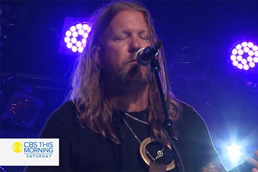 2世たちによるオールマン・ベッツ・バンド、最新アルバムから2曲のライヴ映像公開