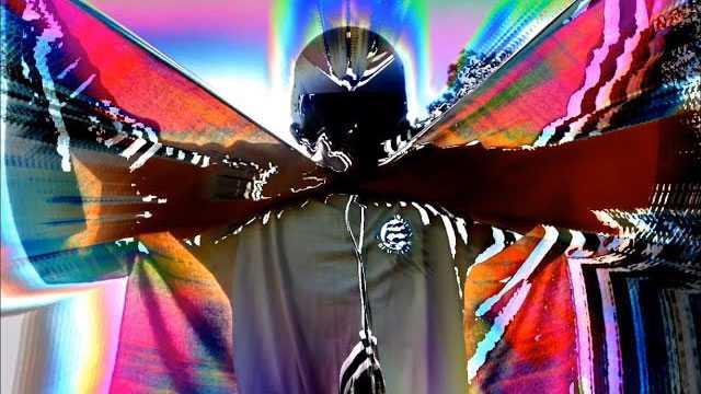 ライドそして元オアシスのアンディ・ベル、ソロ・デビュー・アルバムから新曲のMV公開