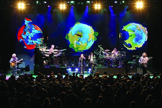 イエスの新たなコンサート・アルバム『The Royal Affair Tour』、10月発売