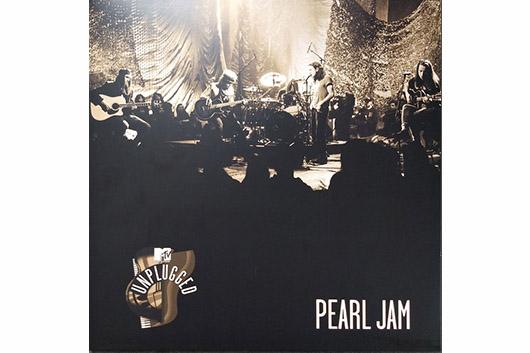 """パール・ジャム〈ライヴ・デビュー30周年記念〉、伝説の """"MTV Unplugged"""" が初CD化で11/4発売決定!"""