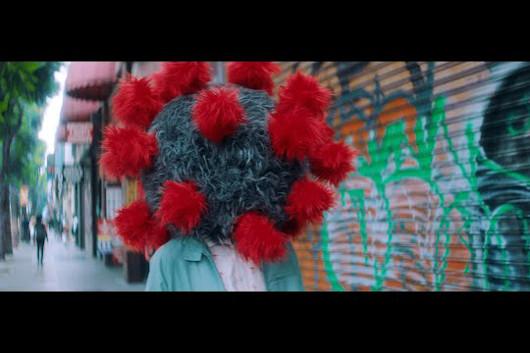 マイク・キャンベル&ザ・ダーティー・ノブズ、新曲「F*ck That Guy」のミュージック・ビデオ公開