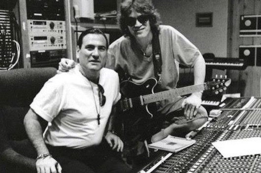 エディ・ヴァン・ヘイレンがカヴァーしたジミ・ヘンドリックスの「If 6 Was 9」、リマスター音源公開