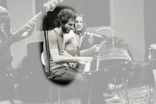 元ユートピアのキーボーディスト、ラルフ・シュケットが73歳で死去