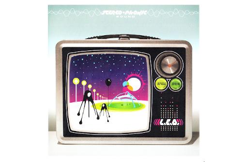 ELOへの愛情に満ち溢れたオマーシュ・プロジェクト作品『L.E.O.』、10曲追加で9/8発売