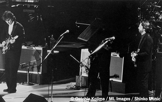 東郷かおる子、jvc.com/jp/連載「MUSIC LIFE CLUB Presents  ロックスターの横顔」更新。「エリック・クラプトン&ジョージ・ハリスン」