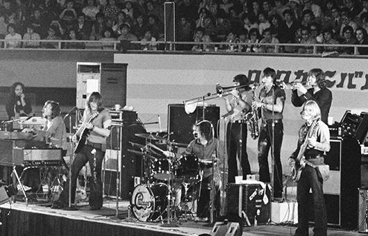 【ミュージック・ライフ写真館】ブラス・ロックの雄、シカゴ、1971年初来日&1972年再来日【ML Imagesライブラリー】