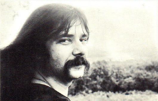 ブラック・オーク・アーカンソーのギタリスト、リッキー・リー・レイノルズが72歳で死去