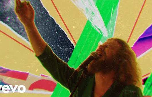 マイ・モーニング・ジャケット、10/22発売のニュー・アルバム『マイ・モーニング・ジャケット』より、「Love Love Love」のビデオを公開