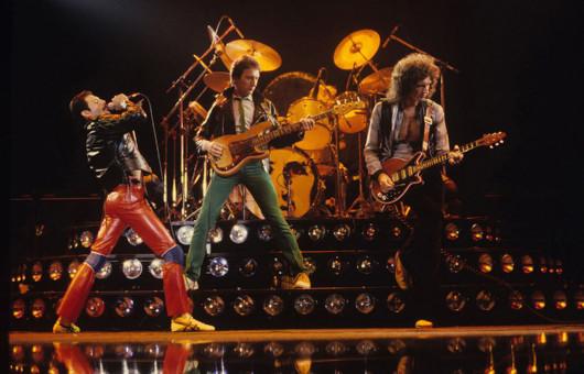 クイーン、メンバー4人の曲をフィーチャーした4種類の限定7インチ・シングル発売