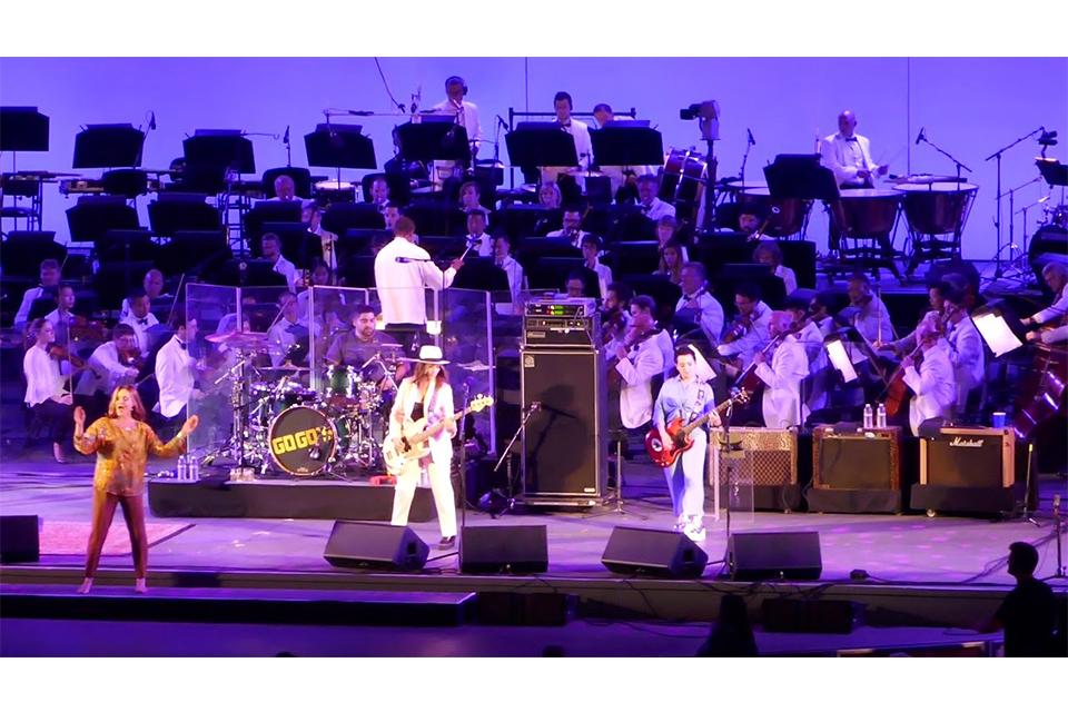 ゴーゴーズの40周年記念コンサートとブロードウェイ・ミュージカル
