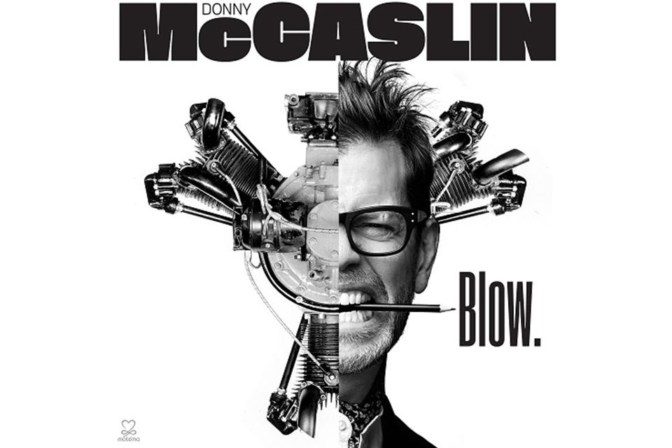 ボウイを魅了した鬼才ダニー・マッキャスリン最新作10/24発売。『★』盟友たちと描く新境地。