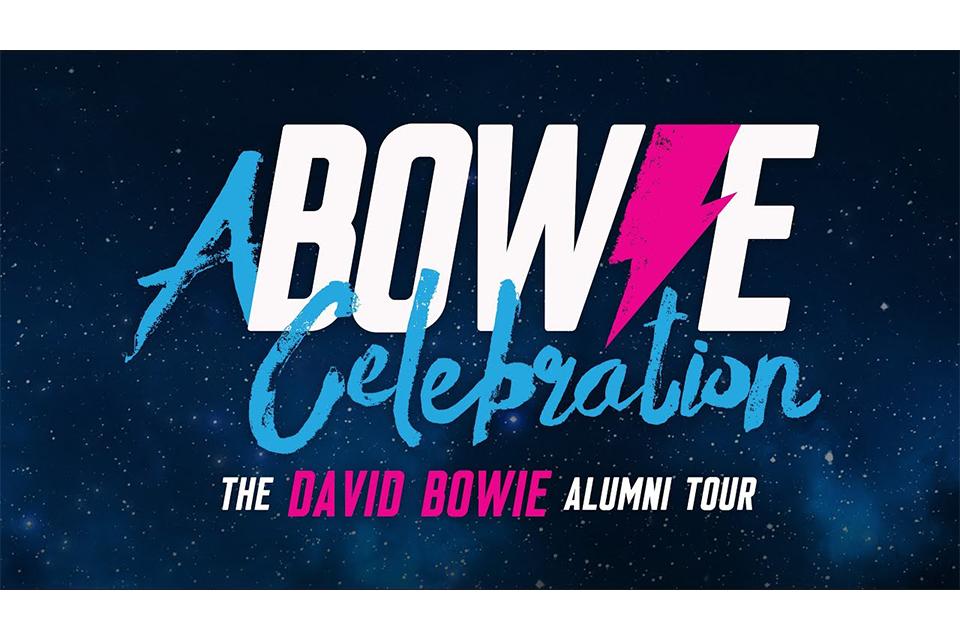 """デヴィッド・ボウイのバンド・メンバーらが""""A Bowie Celebration ツアー""""を発表"""