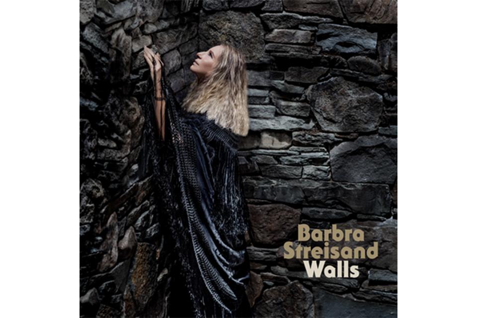 バーブラ・ストライサンド、その心情がほとばしる最新作『Walls』を12月緊急発売!